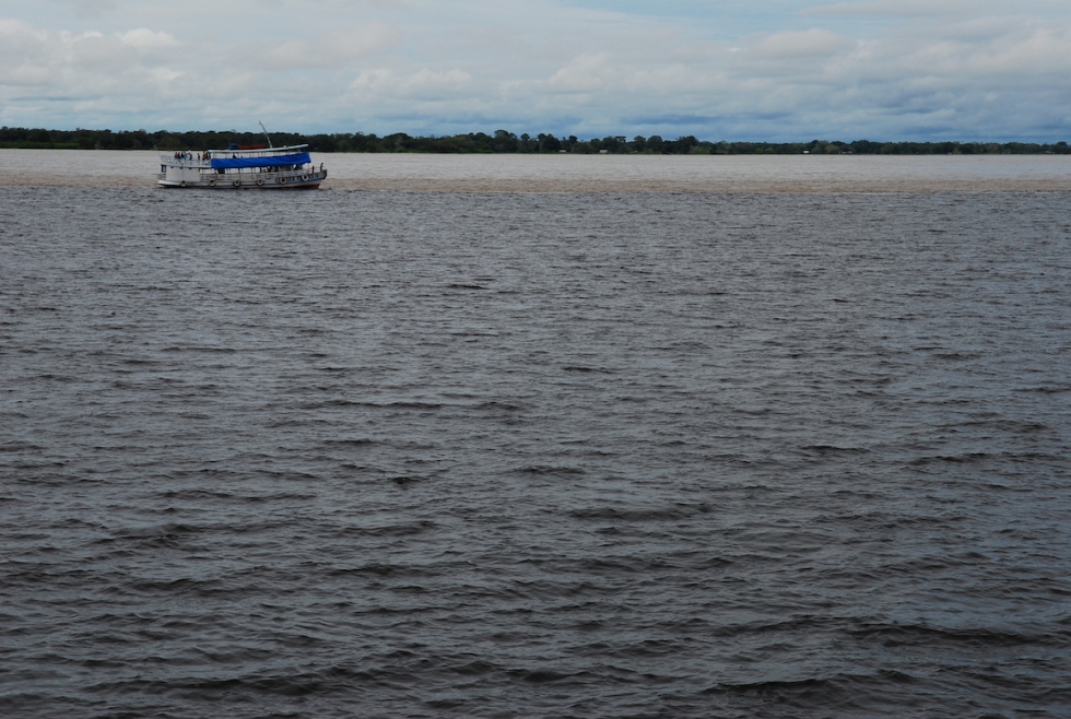 080508amazon_boat1-023