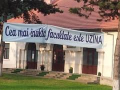 Cea-mai-inalta-facultate-e-UZINA